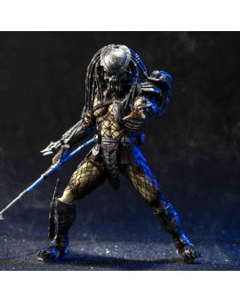 Hiya Toys AVP: Battle Damage Celtic Predator 1:18 Scale 4 Inch Acton Figure